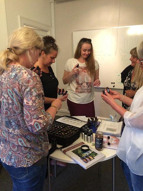 Healing og energi workshop med krystaller og æteriske olier
